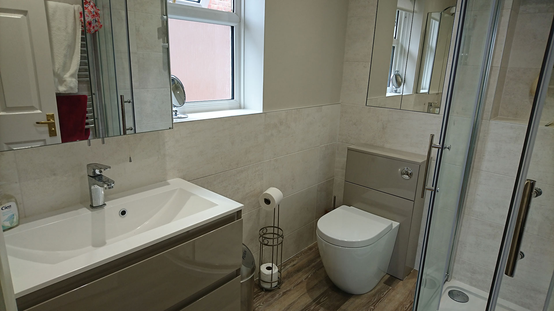D32-Bathroom-Design-and-Installation-06